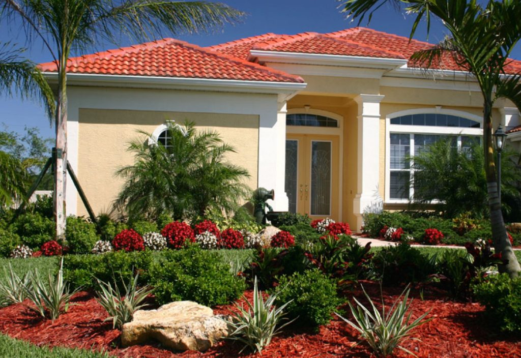 """CATHY JOHNS <br>  """"We loved the colors and plants in our front yard everything looks perfect, and also the people are very friendly and ready to please us"""""""